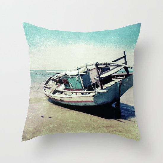 Waiting for the tide to change Throw Pillow