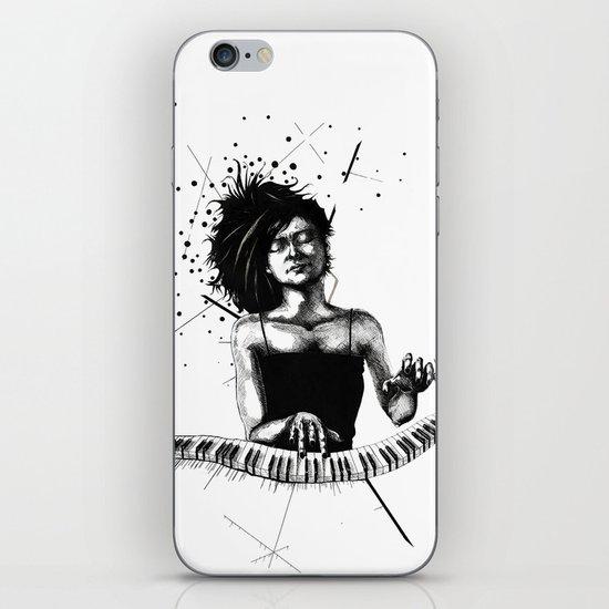 Hiromi iPhone & iPod Skin