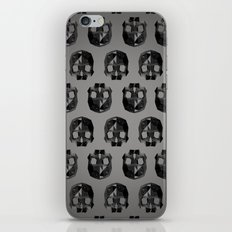 Black skull low poly iPhone & iPod Skin