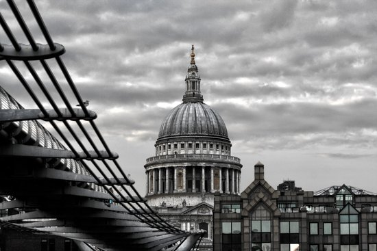 St.Paul's Cathedral in monochrome Art Print