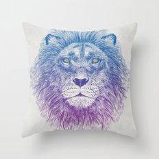 Face of a Lion Throw Pillow