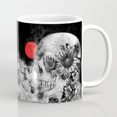Fire in the dark, nature skull Mug