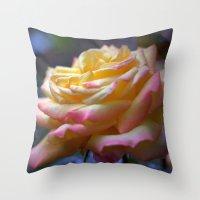 Beautiful Rose 1424 Throw Pillow