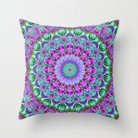 Geometric Mandala G386 Throw Pillow