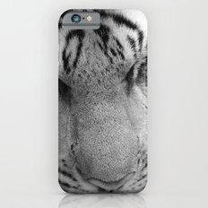 Le Tigre Pendant Sa Sieste iPhone 6 Slim Case