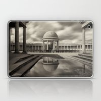 Eaton Park, Norwich, Nor… Laptop & iPad Skin