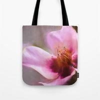 Lady in waiting Tote Bag