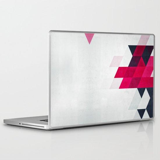 minimylysse Laptop & iPad Skin