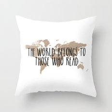 The World Belongs to those Who Read - Old Paper Throw Pillow