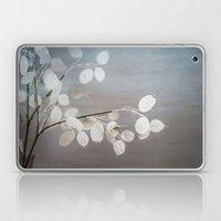WHITE PAPER FLOWERS Laptop & iPad Skin
