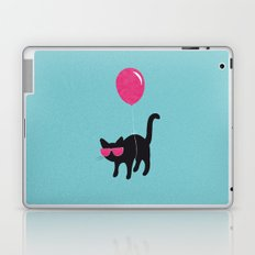 Cool Cat travels like this Laptop & iPad Skin