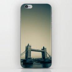 Tower Bridge at dusk iPhone & iPod Skin