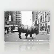 STREET WALKER Laptop & iPad Skin