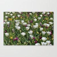 Blumen Beet  Canvas Print