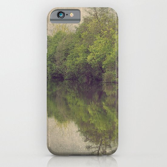 8952 iPhone & iPod Case
