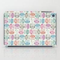 Light Sherbet Owls iPad Case