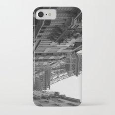 Et voilà la tour iPhone 7 Slim Case