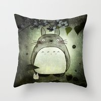 Totoro in the rain Throw Pillow