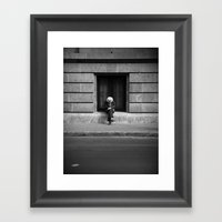 Salvación Framed Art Print