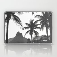 Posto 10 B&W Laptop & iPad Skin