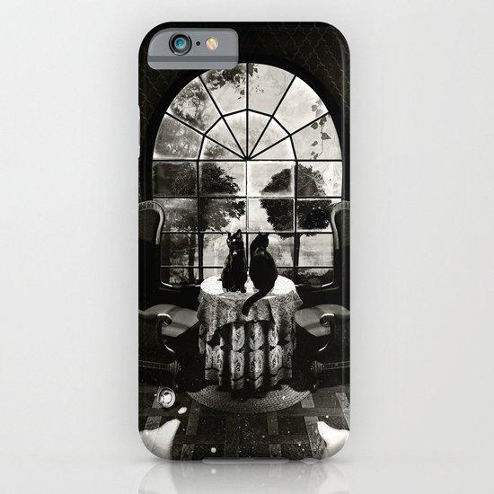 Room Skull B&W iPhone & iPod Case