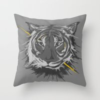 tiger. Throw Pillow