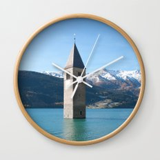 Drowning my thoughts Wall Clock