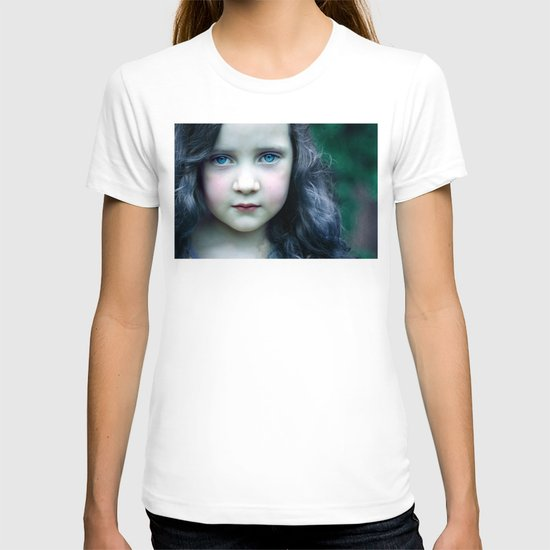 Even in my alternate universe, the rain makes my hair curl.  T-shirt