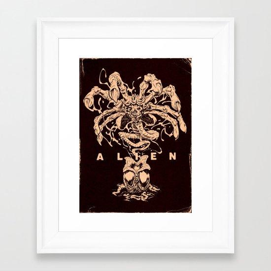 ALIEN: FACEHUGGER Framed Art Print