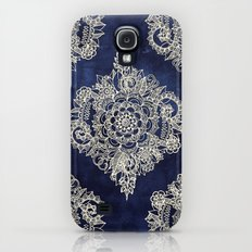Cream Floral Moroccan Pattern on Deep Indigo Ink Galaxy S4 Slim Case