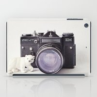 The Polar Bear And The Z… iPad Case