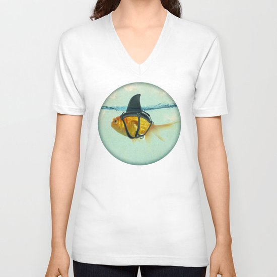 Brilliant DISGUISE V-neck T-shirt