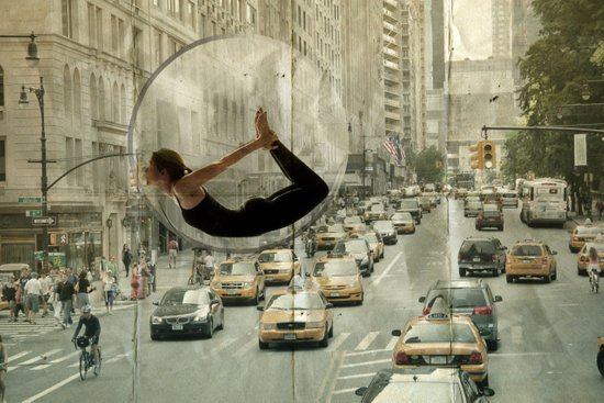 bow city traffic Art Print