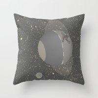 Skate planet Throw Pillow