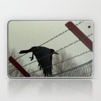 No fences can hold me Laptop & iPad Skin