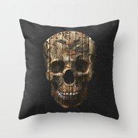 Vintage American Tattoo Skull Wood Stripes Texture Throw Pillow