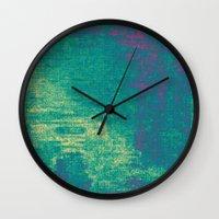 21-74-16 (Aquatic Glitch… Wall Clock