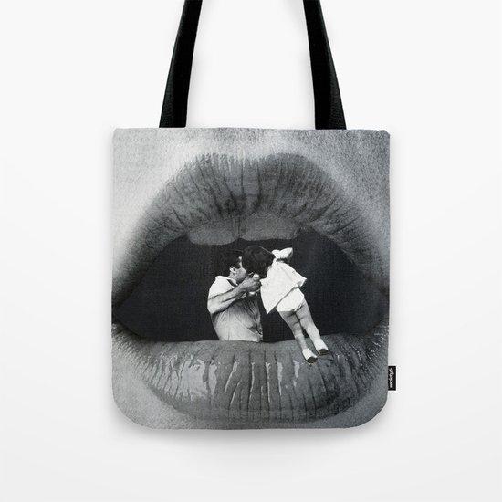 Boca De Lobo Tote Bag