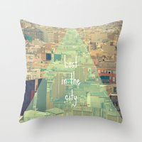 Lost in the city Throw Pillow