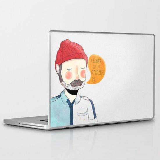 I Wonder If It Remembers Me Laptop & iPad Skin