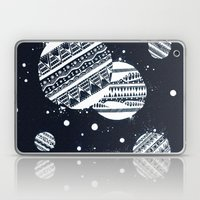 Pattern Doodle One (Invert) Laptop & iPad Skin