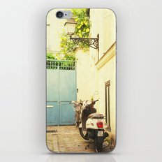 Montmartre Scooter iPhone & iPod Skin