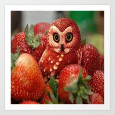 Owl_Strawberry Art Print