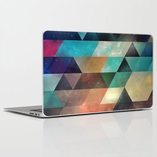syy pyy syy Laptop & iPad Skin