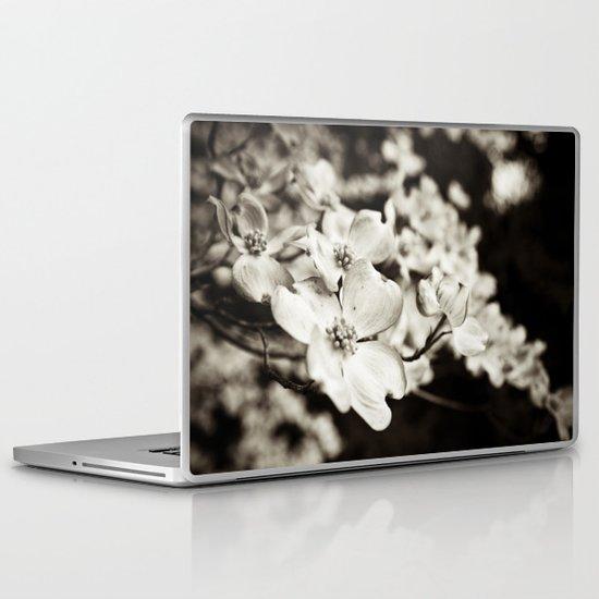 Close Encounter - B&W version Laptop & iPad Skin