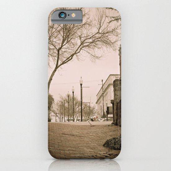 Vicksburg Downtown I iPhone & iPod Case