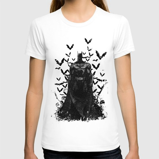 The night rises B&W T-shirt