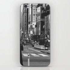 Let my imagination go (B&W) iPhone & iPod Skin