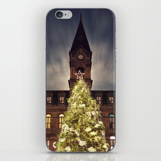 Christmas Tree at City Hall iPhone & iPod Skin