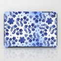 Beautiful vintage watercolor pattern with flowers iPad Case